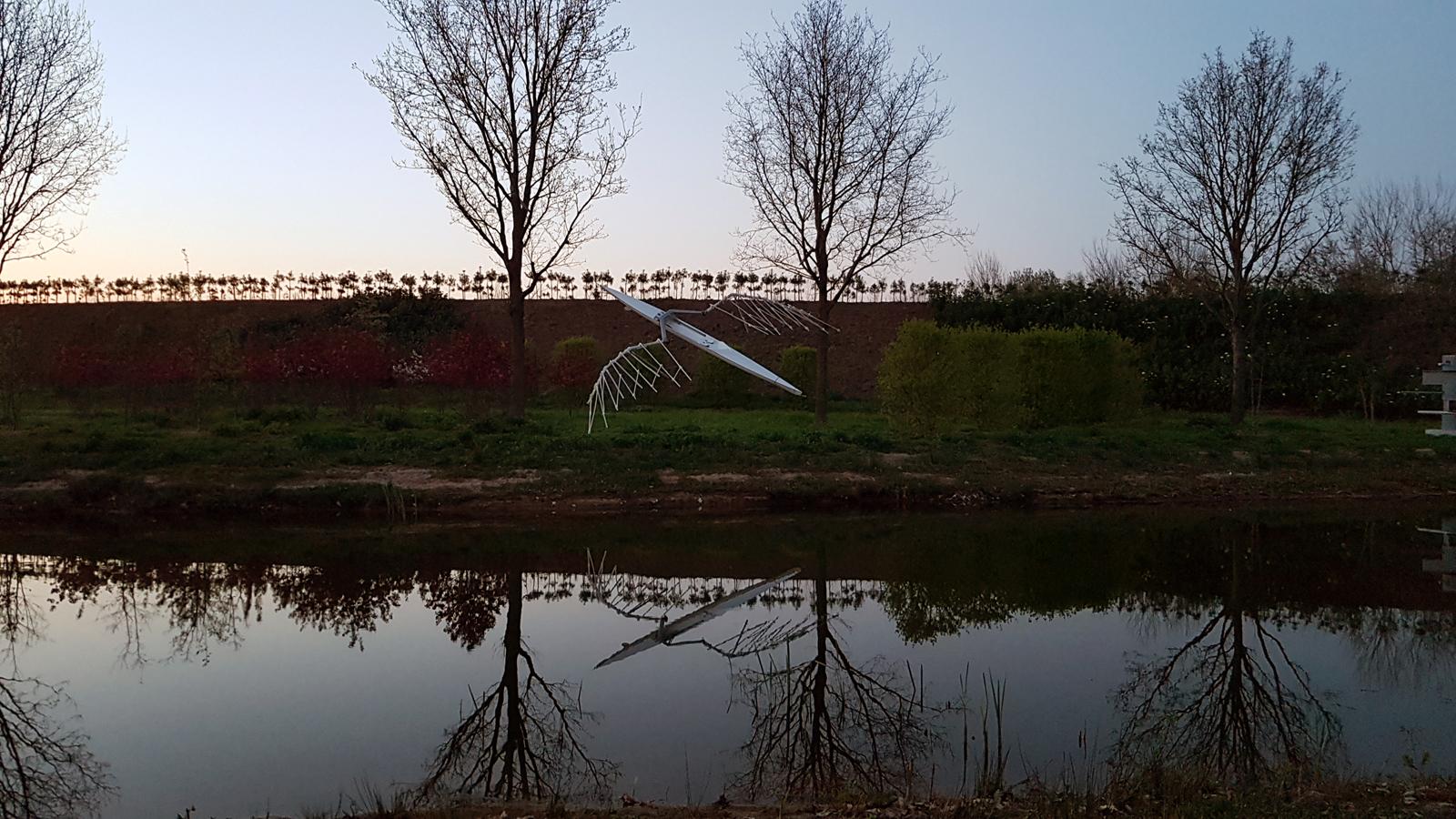 Rondhangen met Enghel in Landgoed Anningahof